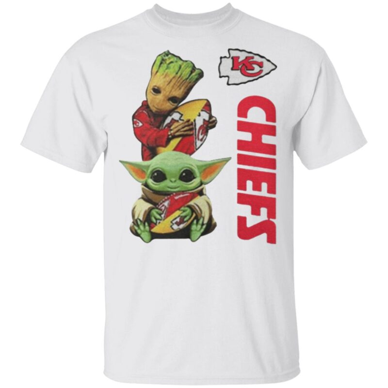 Baby Yoda And Baby Groot Hug Football Kansas City Chiefs t shirt