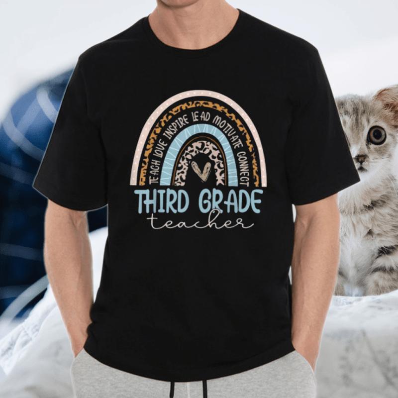 Third Grade Teacher Leopard Rainbow T-Shirt